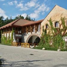 Centrum Wystawienniczo Konferencyjne na terenie Muzeum Wsi Mazowieckiej w Sierpcu